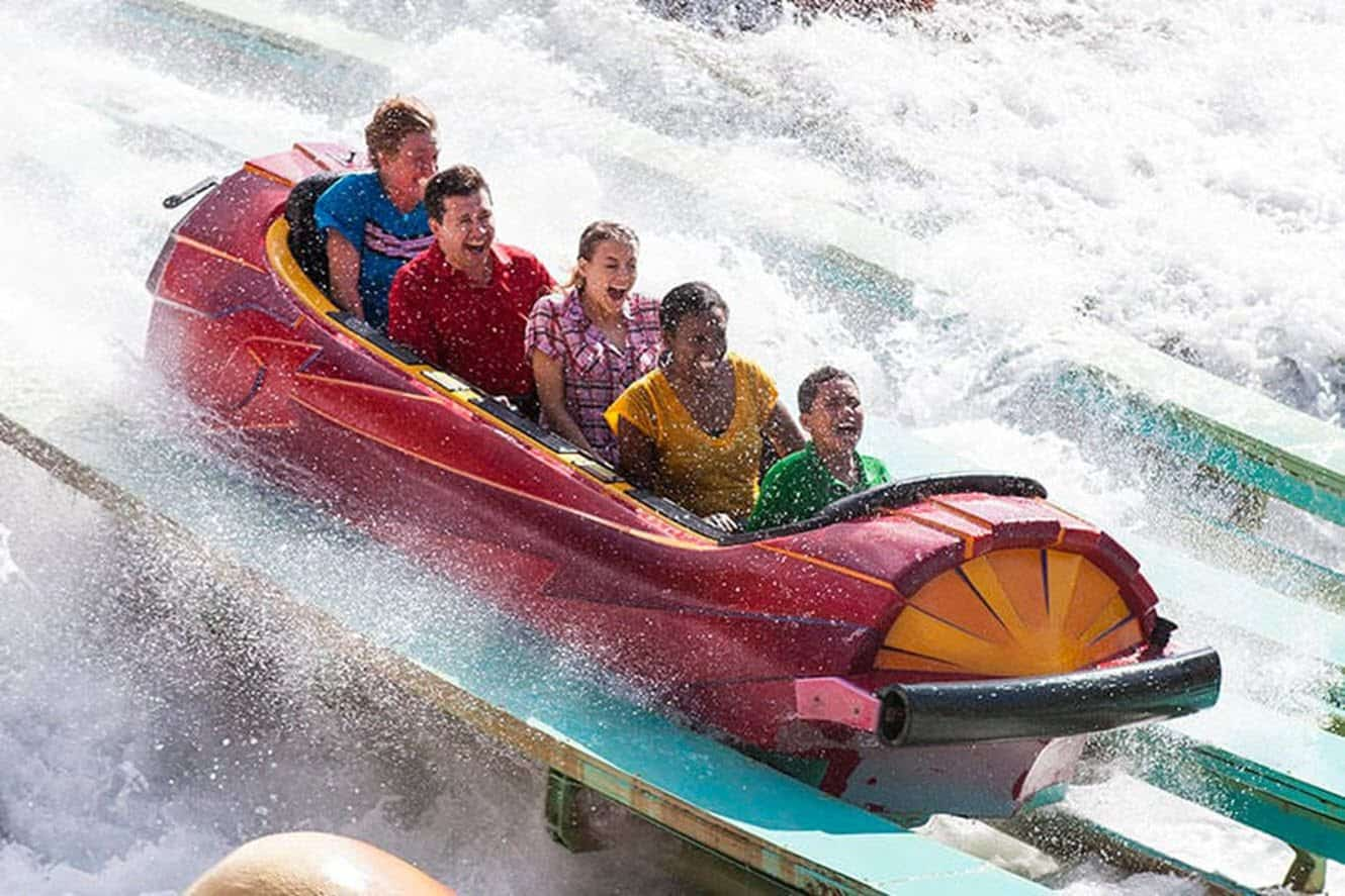 dudley-do-rights-ripsaw-falls-water-ride-splash