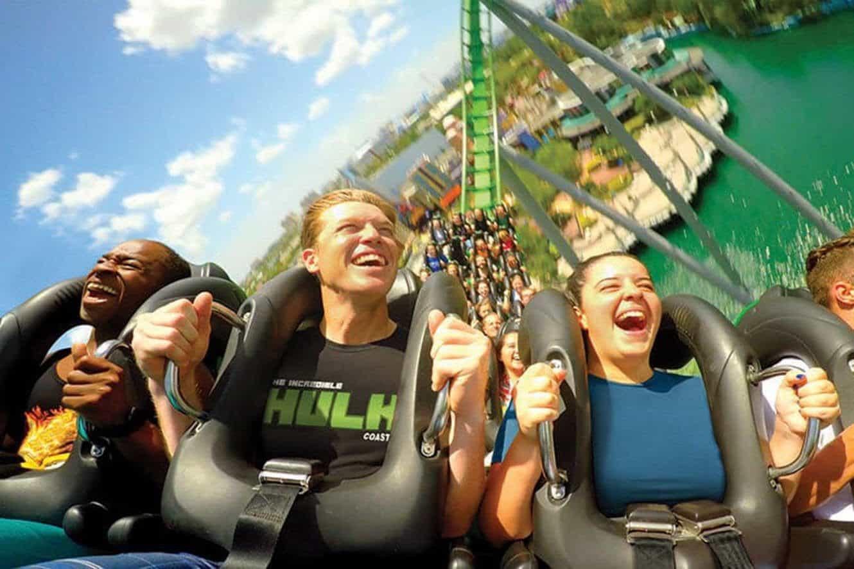 incredible-hulk-coaster-ride-people