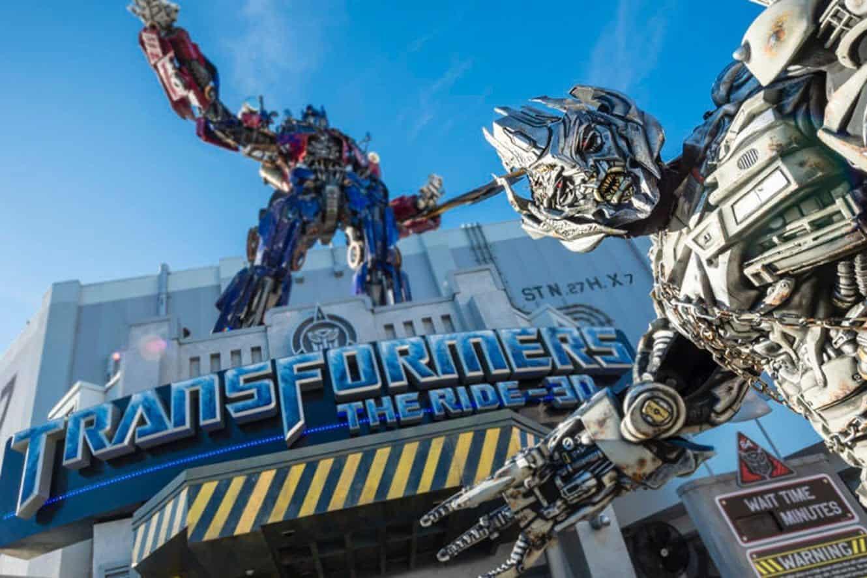 transformers-ride-orlando-megatron-optimus-statue